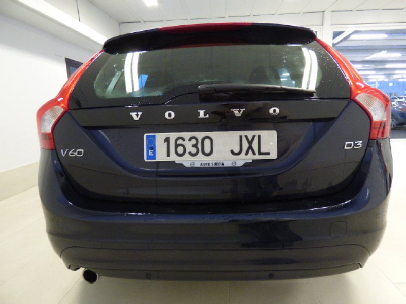 Volvo V60 2.0 D3 Auto Momentum