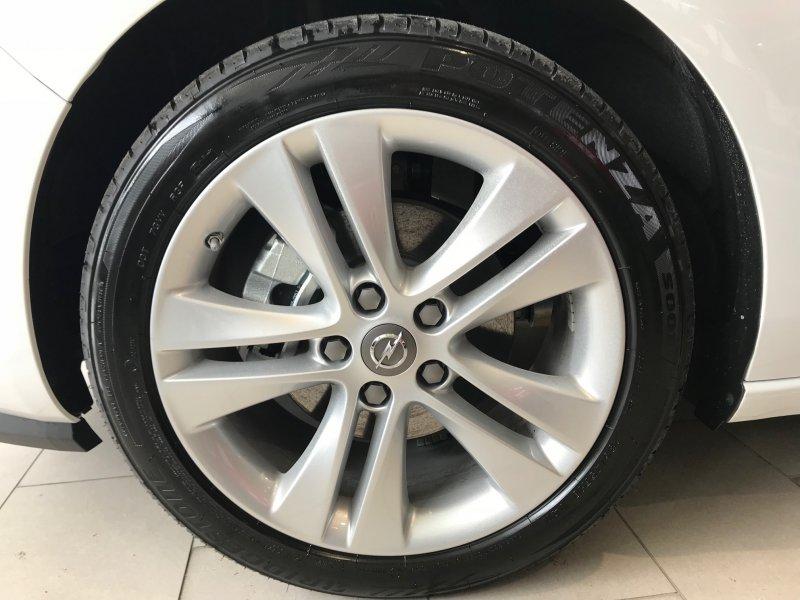 Opel Zafira 1.4 T 140 CV llanta 18+ Excellence