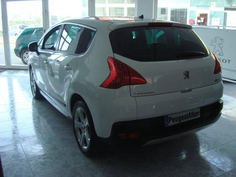 Peugeot 3008 2.0 HDI 160cv FAP Automático Allure