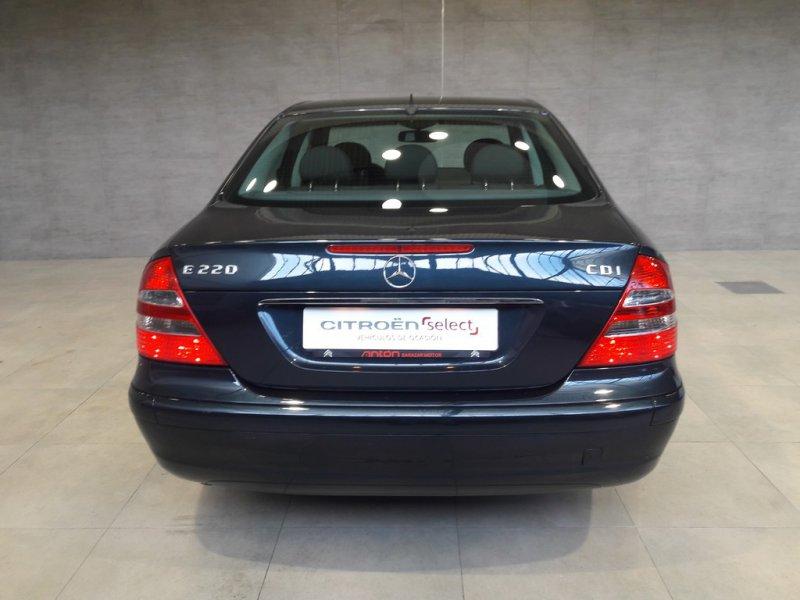 Mercedes-Benz Clase E E 220 CDI CLASSIC