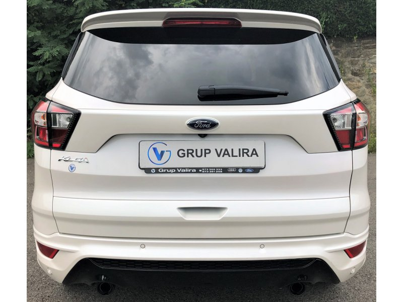 Ford Kuga 2.0 TDCi 180 4x4 A-S-S ST-Line