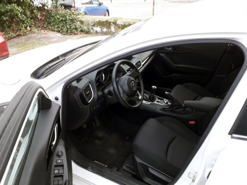 Mazda Mazda3 2.2 DE 150 MT SDN Style Confort