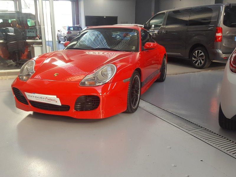 Porsche 911 4 COUPE CARRERA