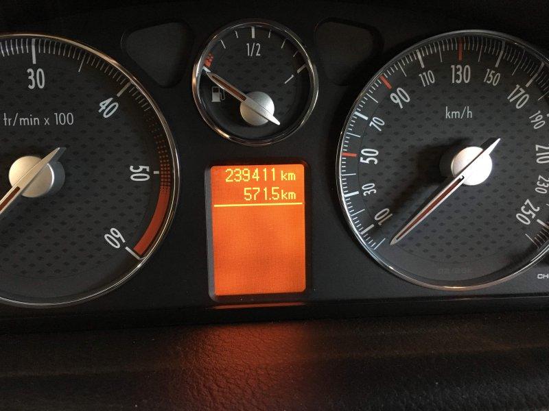 Peugeot 407 2.7 HDi Automático Coupé -