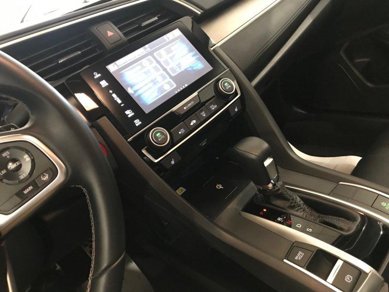 Honda Civic 1.5 I-VTEC TURBO CVT EXECUTIVE Executive