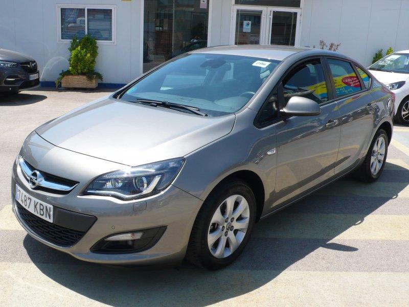 Opel Astra 1.4 Turbo GLP Elegance