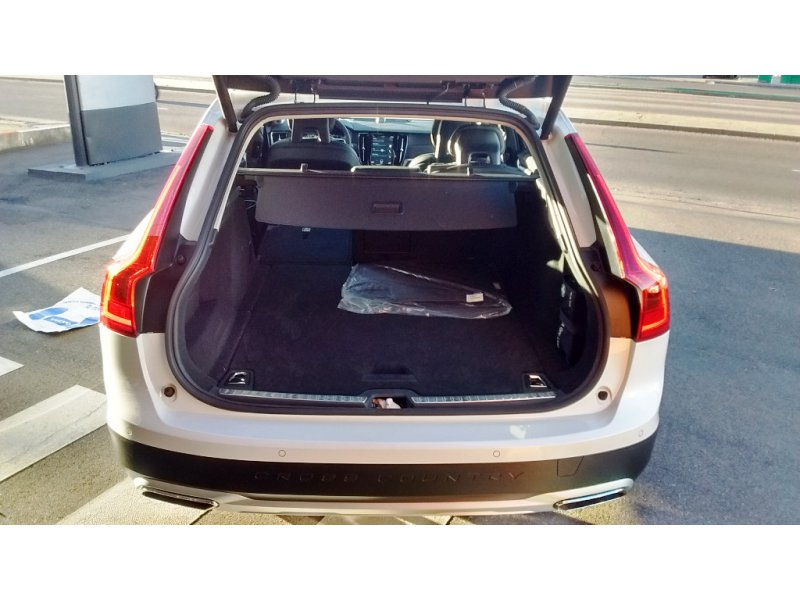 Volvo V90 Cross Country 2.0 D5 AWD Pro Auto Pro