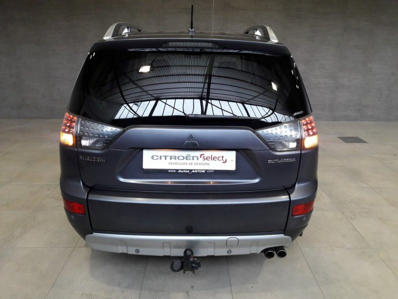 Mitsubishi Outlander 4x4 2.0