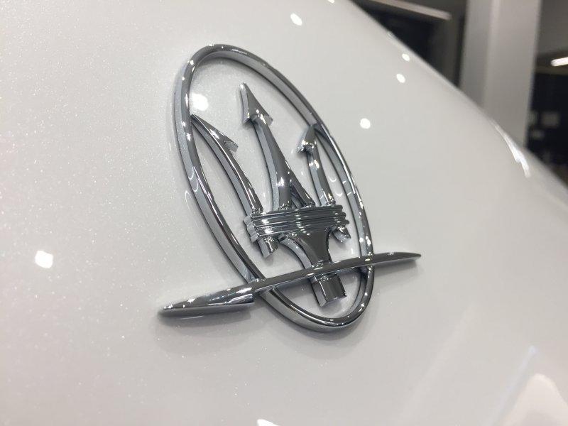 Maserati Ghibli V6 430 HP AWD Granlusso
