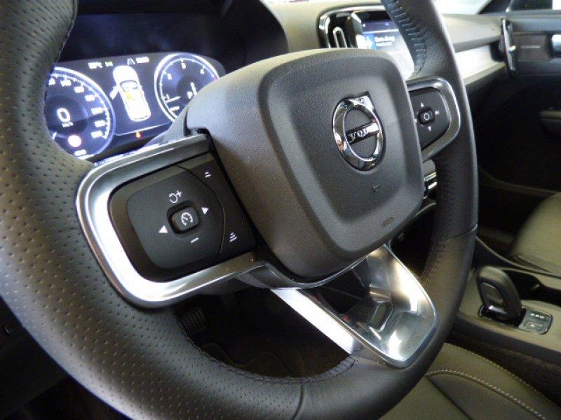 Volvo XC40 2.0 D4 AWD Auto Momentum Momentum