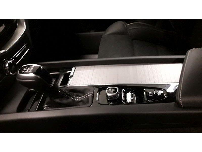 Volvo XC60 2.0 D3 R-design R-Design