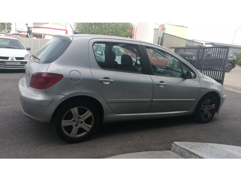 Peugeot 307 2.0 HDi 110 XT