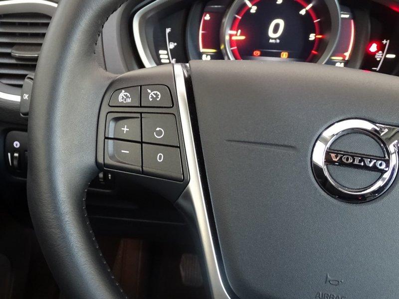 Volvo V40 2.0 D2 Momentum