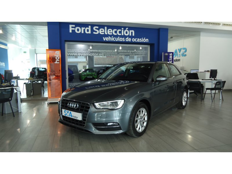 Audi A3 1.6 TDI 110cv clean diesel Attraction