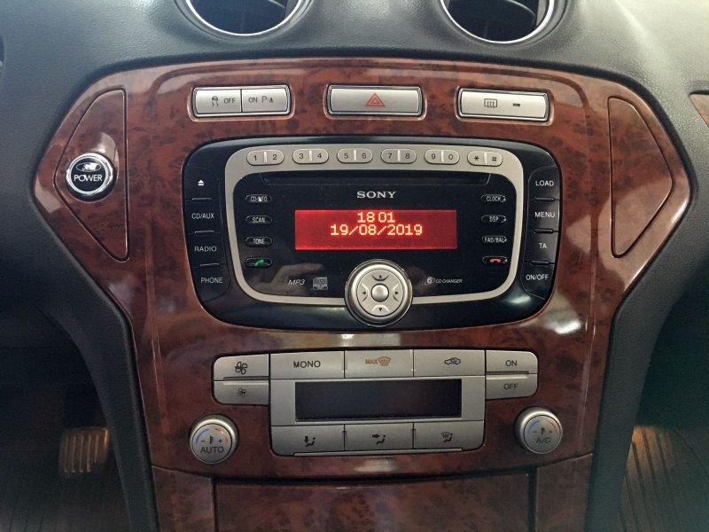 Ford Mondeo 2.0 TDCi 140 Ghia X