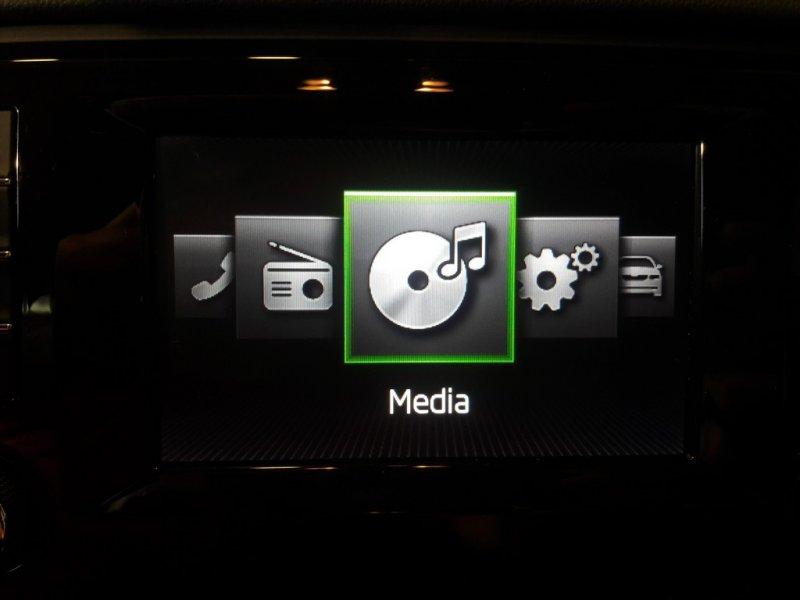 Skoda Octavia Combi 2.0 TDI CR 150cv DSG Automatico Ambition