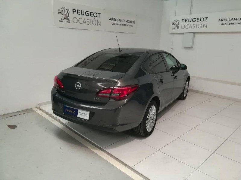Opel Astra 1.7 CDTi 130 CV Selective