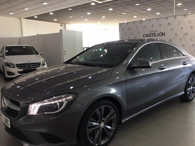 Mercedes-Benz Clase CLA CLA 200 d 4MATIC Shooting Brake Urban