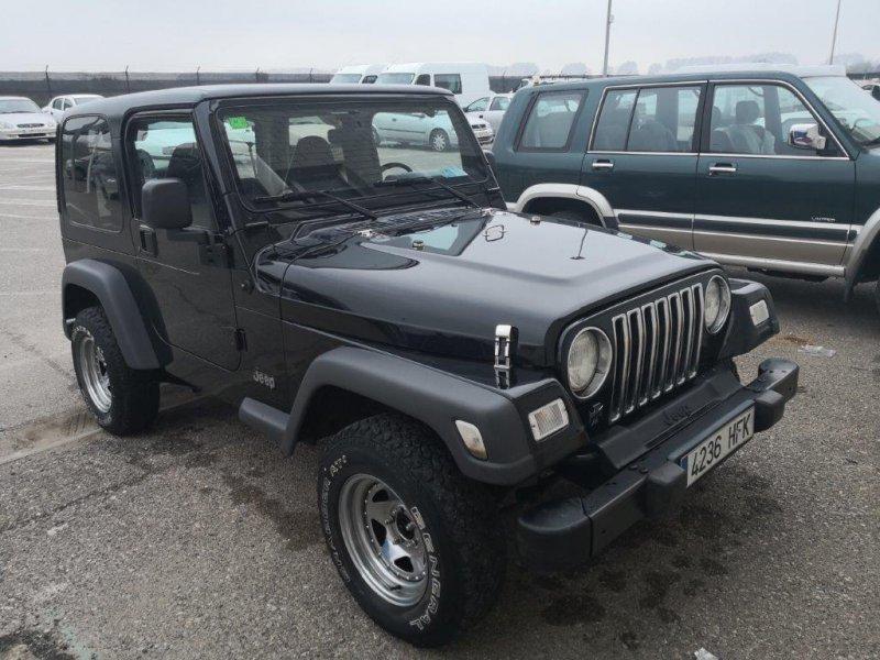 Jeep Wrangler 2.5I HARD TOP S