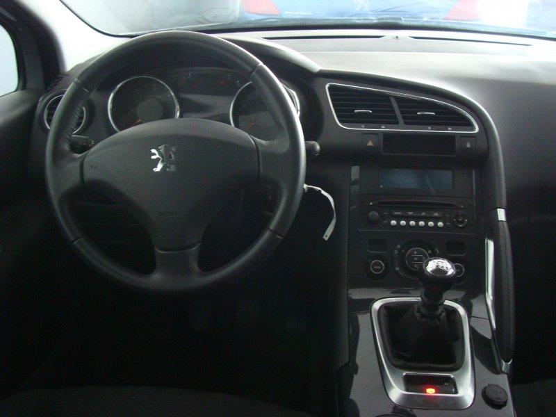 Peugeot 3008 1.6 HDI 115cv FAP Active