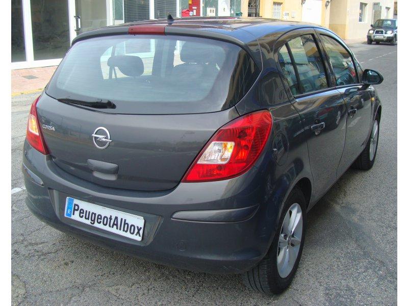 Opel Corsa 1.2 85cv Selective