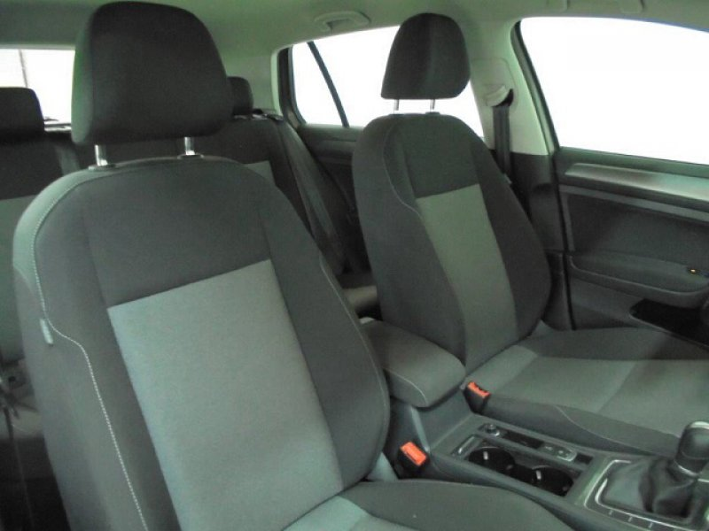 Volkswagen Golf 1.6 TDI 110CV BMT DSG Edition