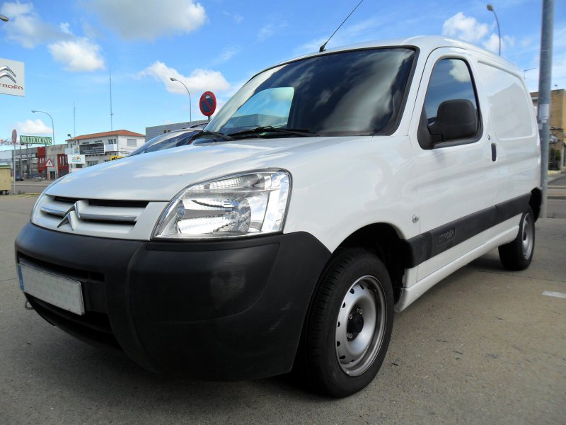 Citroen Berlingo First 1.6 HDi 75 -