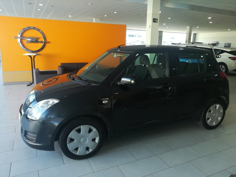 Suzuki Swift 1.3 DDiS 5p  75CV GL
