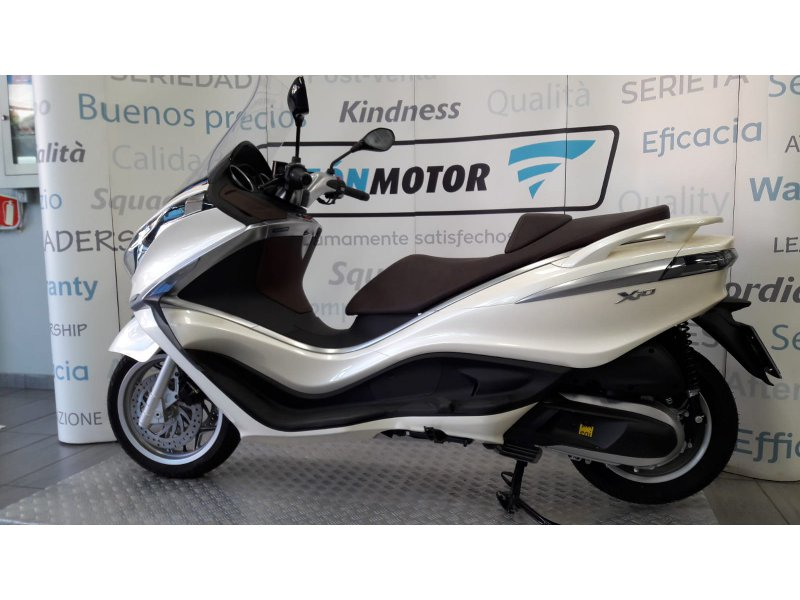 Piaggio X10 350 ie Executive 350