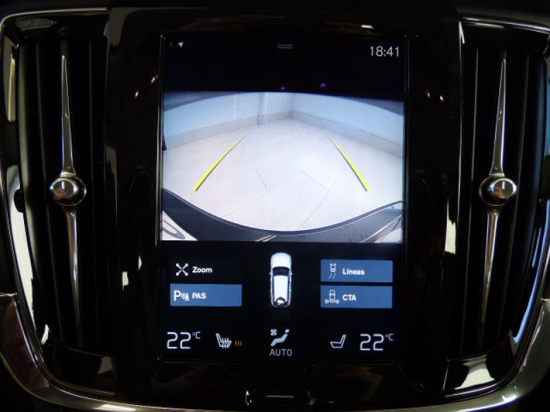 Volvo V90 Cross Country 2.0 D4 AWD Auto -
