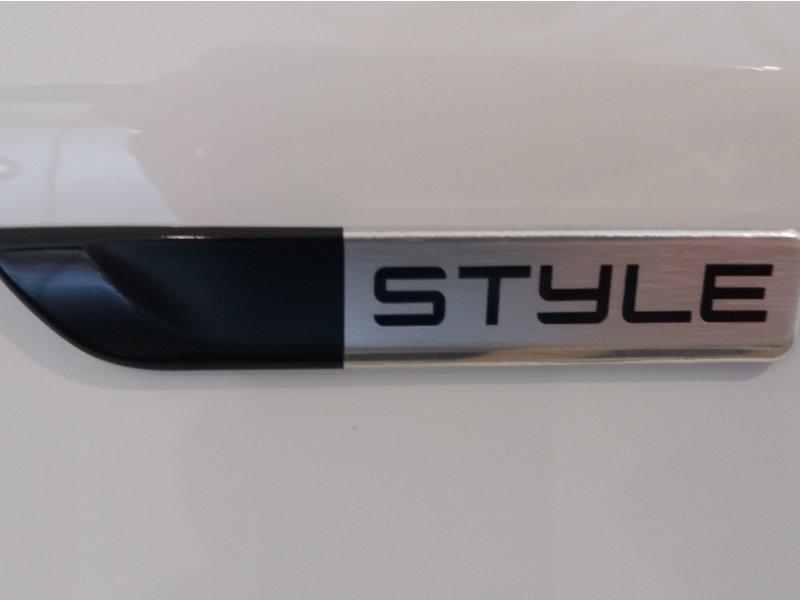 Peugeot 208 1.2 PURETECH 82 CV STYLE