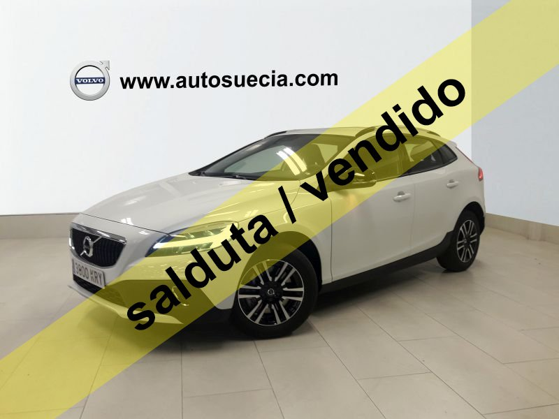 Volvo V40 Cross Country 2.0 D2 Plus Manual Plus