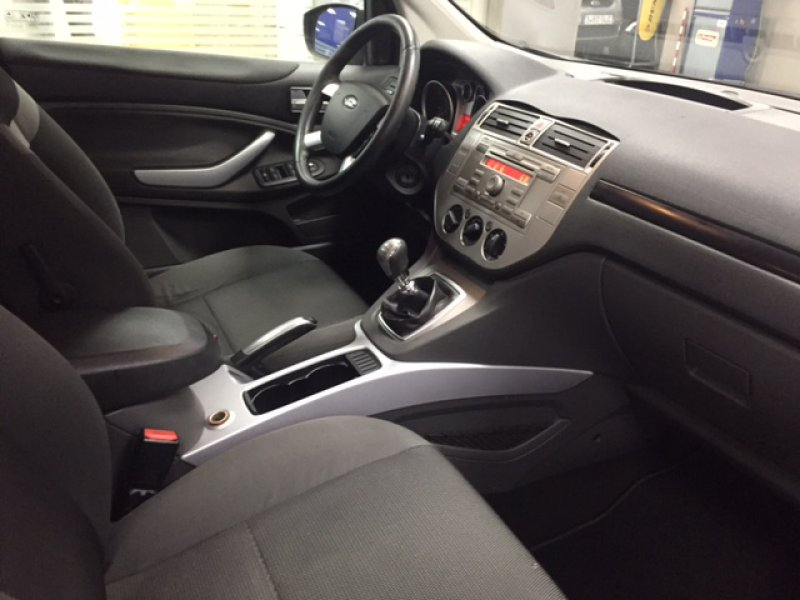 Ford Kuga 2.0 TDCi 140cv 2WD Trend