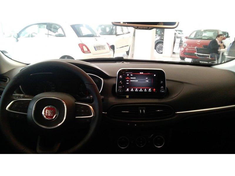 Fiat Tipo 1.4 16v 70kW (95CV) gasolina 5P Lounge
