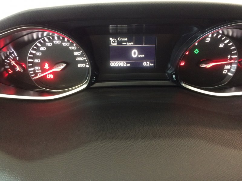 Peugeot 308 SW 2.0 BlueHDi 110KW (150CV) Allure