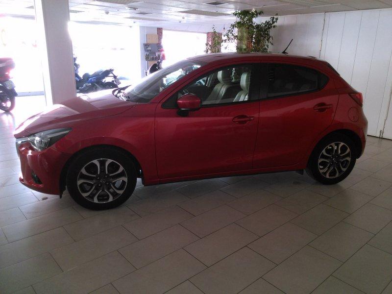 Mazda Mazda2 1.5 GE Luxury + Safety + Leather