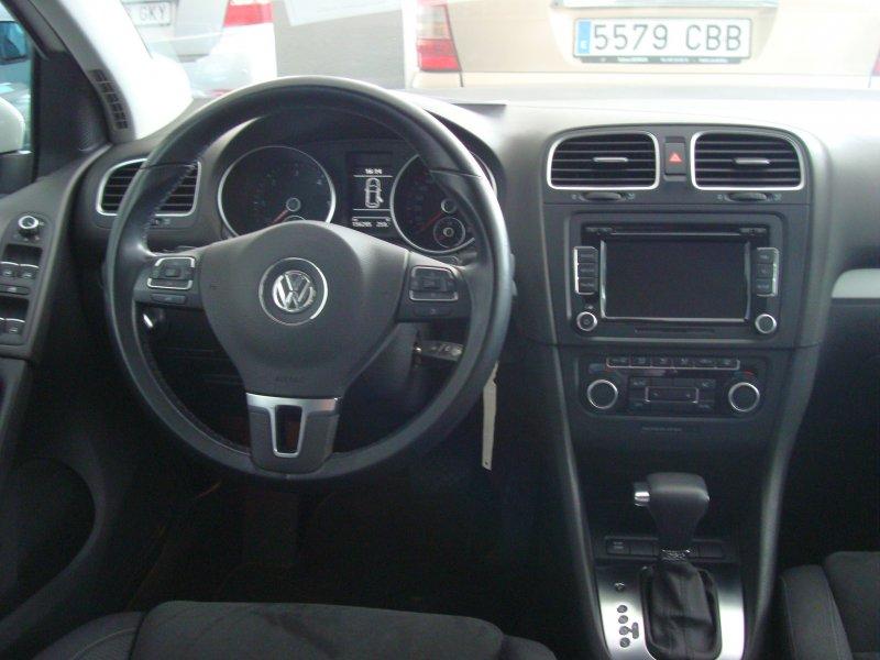 Volkswagen Golf VI 1.6 TDI 105 DSG Advance BMT Automático Advance BlueMotion
