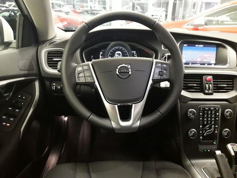 Volvo V40 2.0 T2 Momentum Momentum