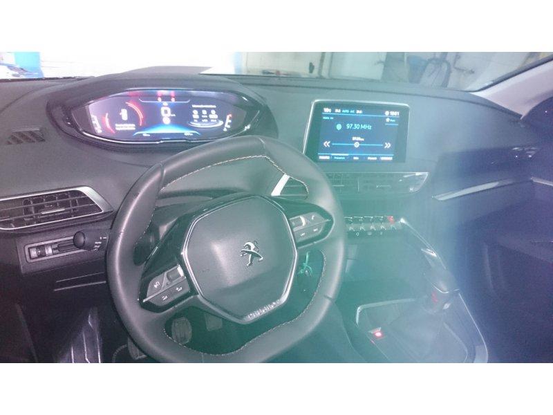 Peugeot 3008 Allure 1.5L BlueHDi 96kW (130CV) S&S