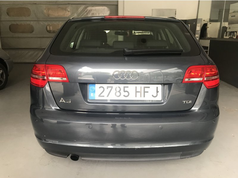 Audi A3 Sportback 2.0 TDI 140 S tron Attraction