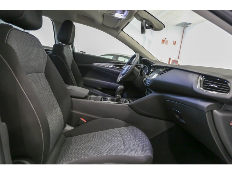Opel Insignia GS 1.6 CDTi 100kW Turbo D Selective