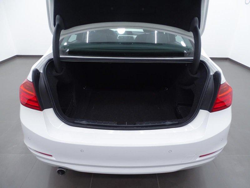 BMW Serie 3 (E90) 318d