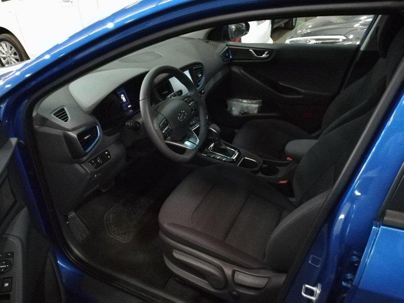 Hyundai IONIQ 1.6 GDI HEV Nav DCT Klass
