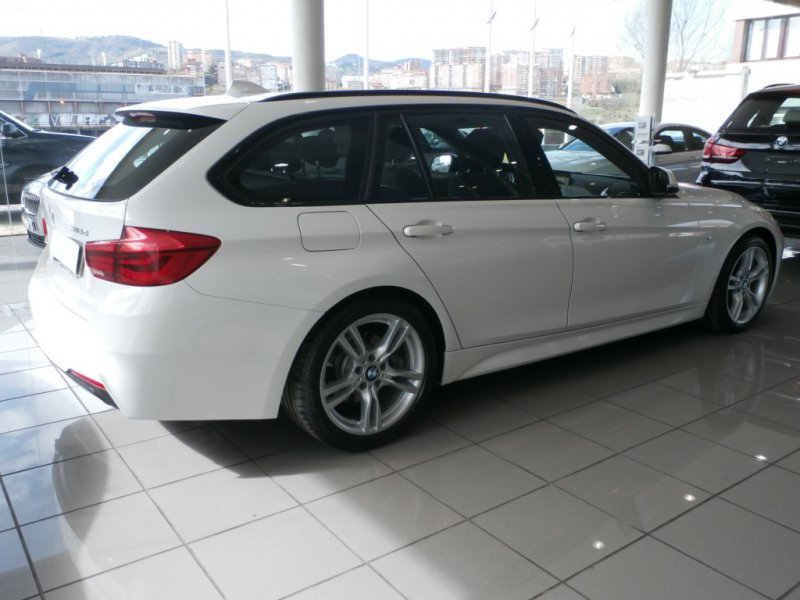 BMW Serie 3 318d Touring AUTO -