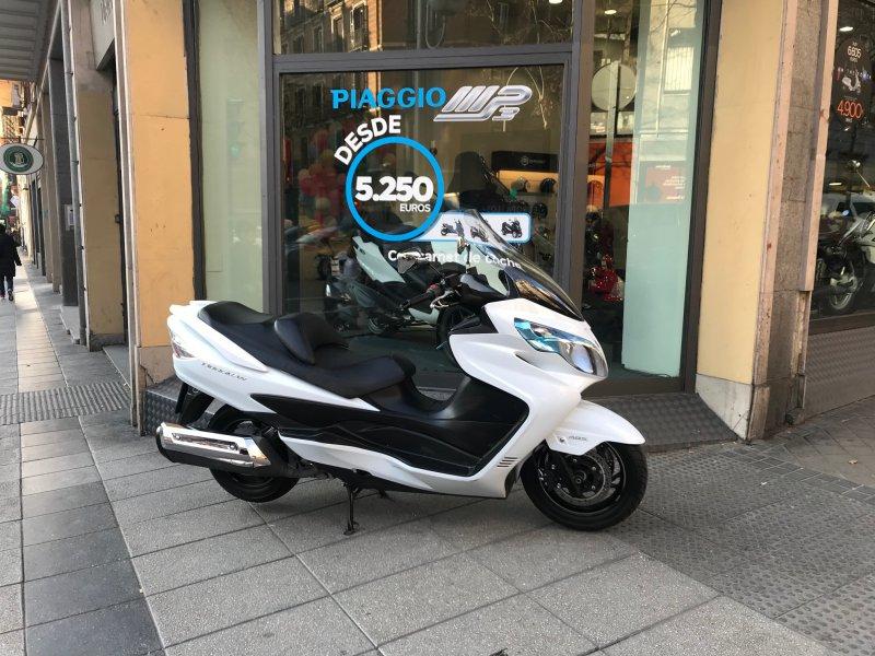 Suzuki-Moto Burgman 400 ABS 4 T