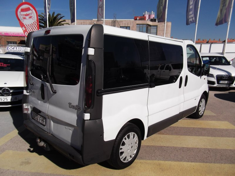 Renault Trafic Combi 9 dCi 90 Passenger