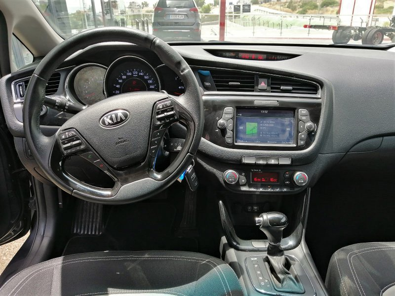 Kia ceed 1.6 CRDi VGT 136CV DCT Tech