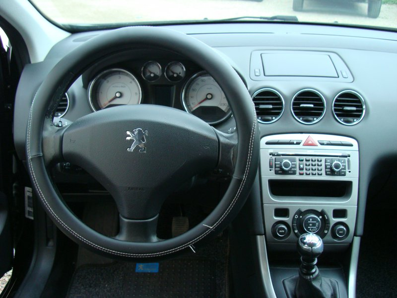 Peugeot 308 2.0 HDI 136 FAP Sport