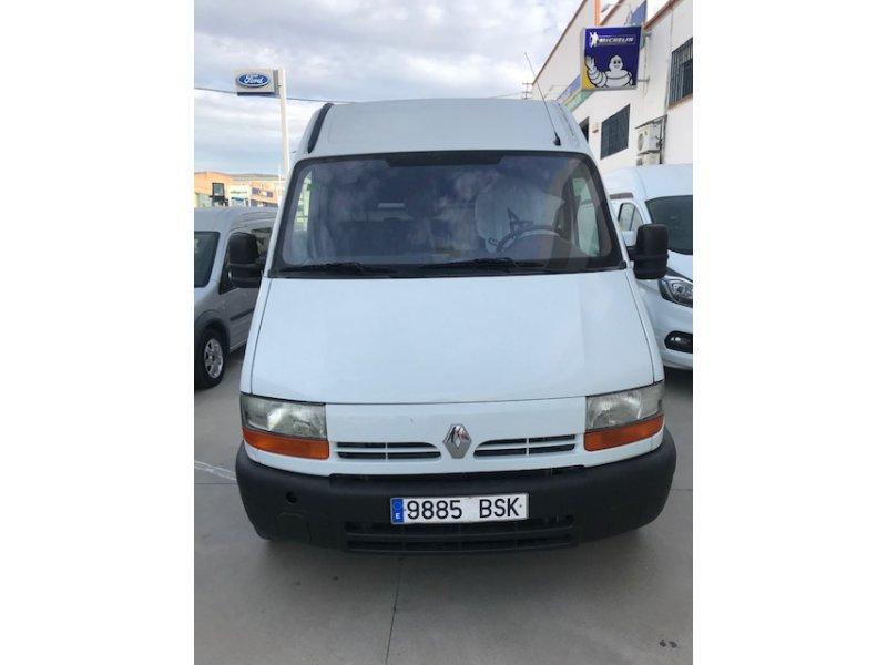 Renault Master 2.2dCi 3.5T MEDIO SOBREELEVADO -