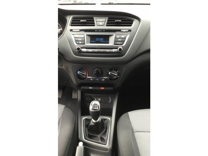 Hyundai I20 1.4 CRDi BlueDrive 90cv Essence